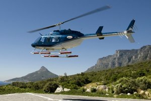 Scenic helicopter flight in Cape Town